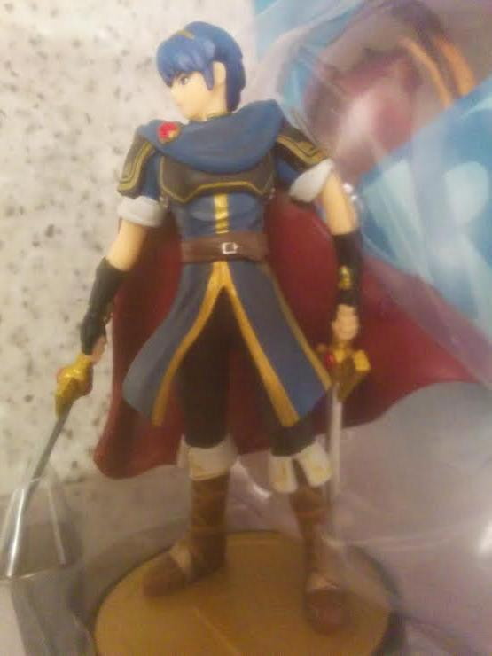 Marth Amiibo Comparison Essay img-1