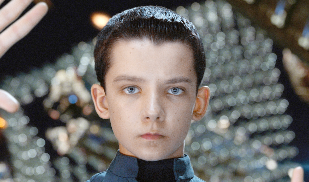 Ender's Game actor played Zelda: Wind Waker, Mario Kart: Double Dash on GameCube - asa_butterfield_enders_game