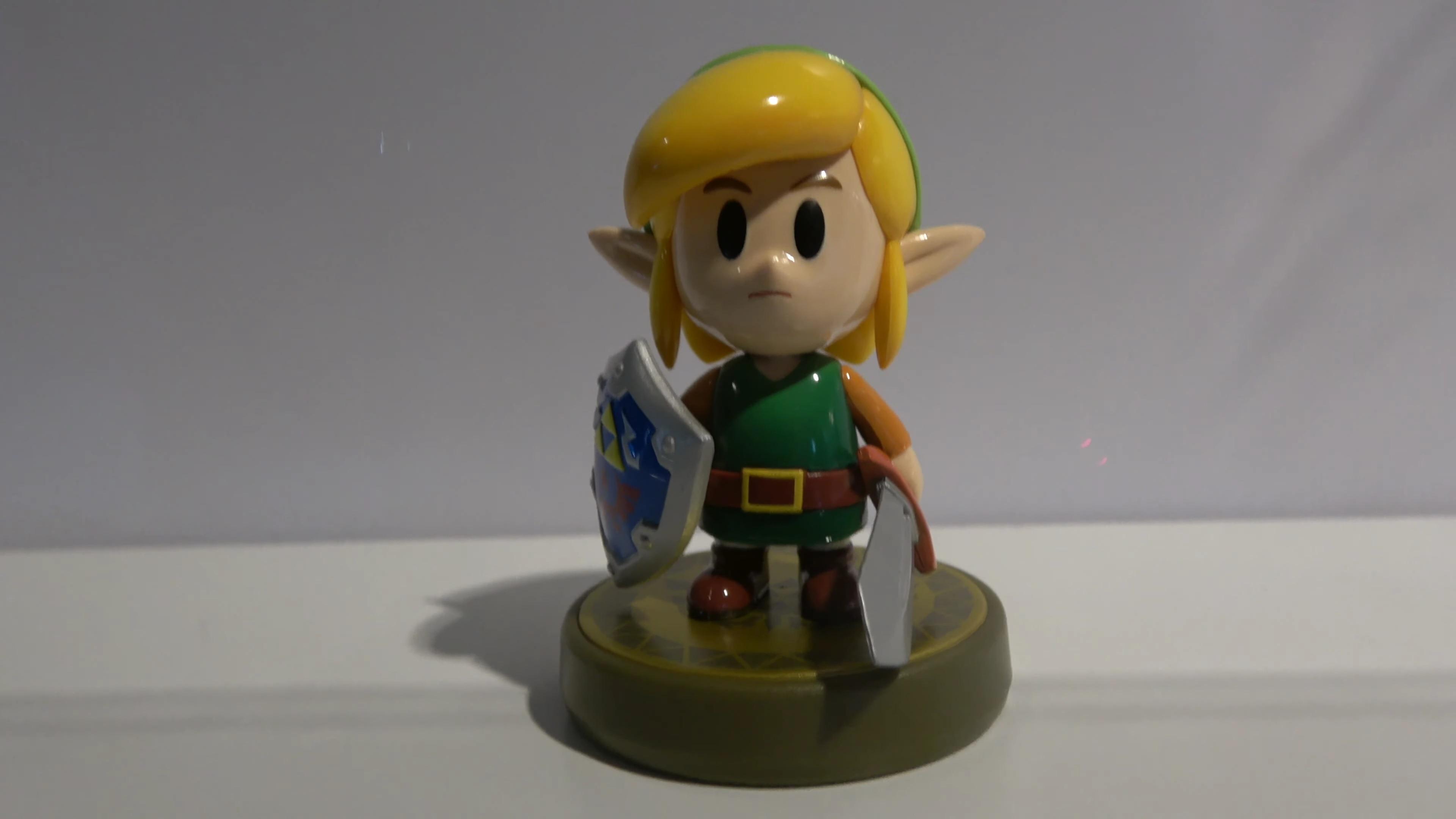 Video A Closer Look At The Zelda Link S Awakening Snake