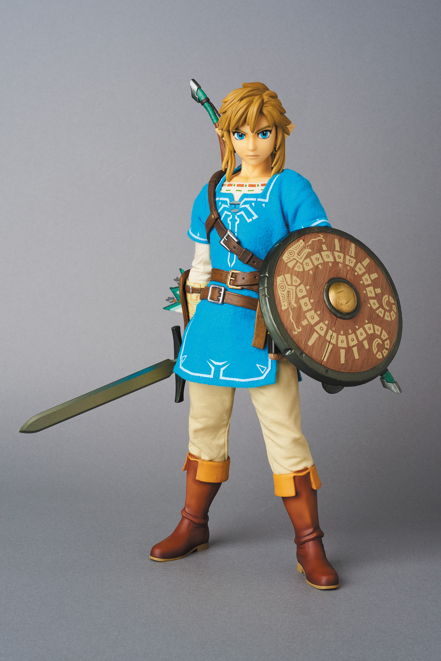 New photos of the Zelda: Breath of the Wild Link figure from Medicom