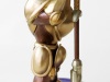 gold-shovel-knight-amiibo-4