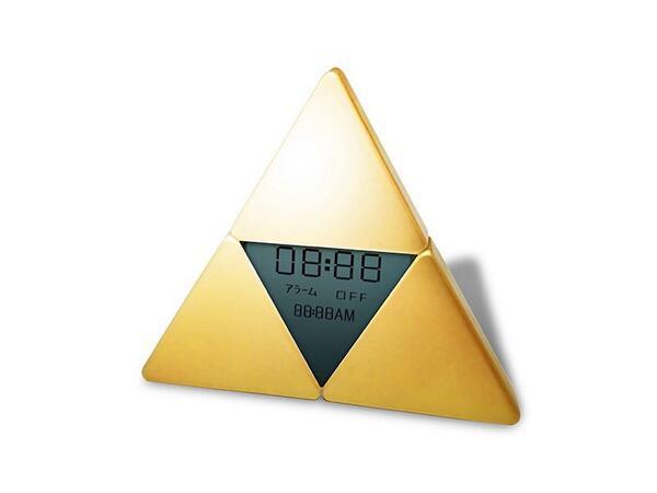 Japan's Hyrule Warriors Premium/Treasure Box - first look at the triforce clock